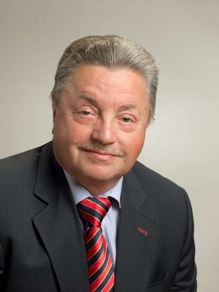 DRUML Manfred