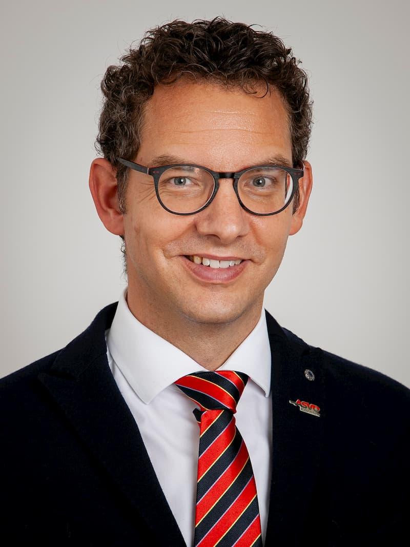 Mag. Bernd OLEXINSKI