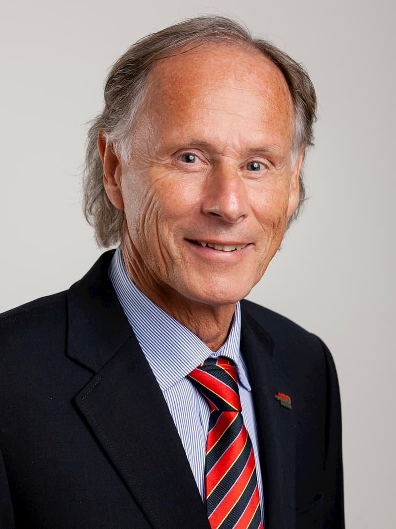 Dr. SCHASCHÉ Christoph